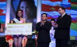 Diễm Hương đoạt danh hiệu Hoa hậu Trang phục áo tắm