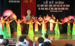 Khai mạc Lễ hội Làng Sen 2011