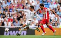 Ronaldo ghi tên vào lịch sử
