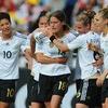Đức đánh bại Canada trong trận khai mạc