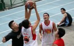 Cầu thủ bóng rổ nhà nghề Mỹ đến VN thi đấu
