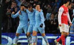 Đánh bại Arsenal, Man City lấy lại ngôi đầu từ MU