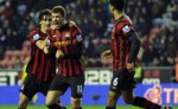 Man City tái lập khoảng cách 3 điểm với M.U