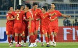 Đội tuyển VN trở lại top 100 thế giới, bỏ xa Thái Lan