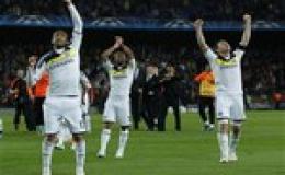 Hòa Barca, Chelsea vào chung kết Champions League