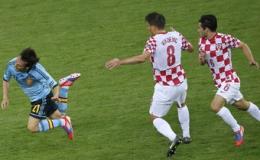 TBN và Croatia, sạch thì có sạch …