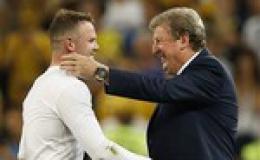 """Rooney tỏa sáng đưa """"Tam sư"""" vào tứ kết"""