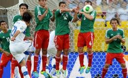 Confed Cup: Italia đánh bại Mexico trong ngày ra quân