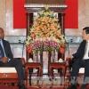 Chủ tịch nước Trương Tấn Sang tiếp Bộ trưởng Bộ Nội vụ Angola
