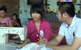 """Nâng bước đến trường """"Hoàn cảnh em Lê Thị Thùy Dương"""""""