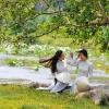 Trầm tư và sâu lắng cùng tà áo dài trắng xứ Huế