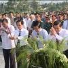Lễ viếng, đặt tràng hoa và thắp hương tưởng nhớ các anh hùng liệt sĩ tại Nghĩa trang liệt sĩ tỉnh Tiền Giang