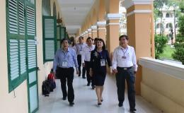 Thứ trưởng Bộ Giáo dục và Đào tạo Nguyễn Thị Nghĩa kiểm tra công tác thi tại huyện Cái Bè và TP Mỹ Tho