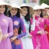 Vẻ đẹp người phụ nữ Việt Nam cùng chiếc nón lá