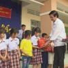 Lãnh đạo tỉnh Tiền Giang tặng quà Trung thu cho thiếu nhi