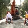 Quản lí chặt chẽ hoạt động vận tải trên đê sông Tiền.