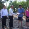 Lãnh đạo huyện Tân Phước thăm và tặng quà hộ dân bị sập nhà
