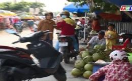 """Chuyện làng chuyện phố """"Chợ tự phát Hai Tân"""""""