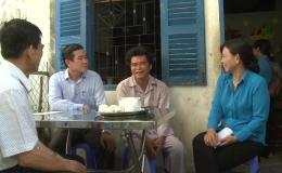 Chủ tịchUBND tỉnhTiền Giang thăm công nhân bị tainạn laođộng