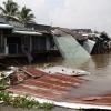 Đồng loạt 5 căn nhà sụp xuống sông Ô Môn, Cần Thơ