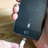 Những thói quen xấu sẽ làm hỏng smartphone của bạn