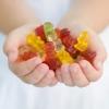 """Lạm dụng """"kẹo"""" vitamin – Ảnh hưởng xấu tới sức khỏe"""