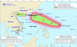 """Bão số 5 áp sát Móng Cái, siêu bão Mangkhut """"nối gót"""" vào Biển Đông"""