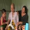 Cảnh khốn khó của người phụ nữ mắc bệnh ung thư và 2 con nhỏ