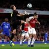 """Lập """"cú đúp"""" trong 3 phút, Aubameyang giúp Arsenal vào top 4"""