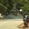 Người dân hiến đất làm đường trong xây dựng nông thôn mới