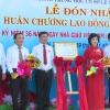 Trường THCS Lê Ngọc Hân nhận Huân chương Lao động hạng Nhất