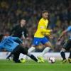 Neymar lập công, Brazil nối dài mạch thắng trước Uruguay
