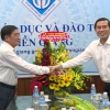 Lãnh đạo tỉnh Tiền Giang chúc mừng ngày Nhà giáo Việt Nam