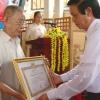 Tiền Giang trao Huy hiệu 70 năm tuổi Đảng