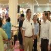 Ông Lê Văn Hưởng kiểm tra tình hình mua bán tại GO Mỹ Tho