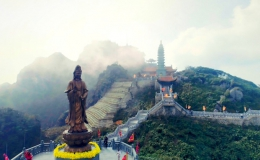 Dáng chùa Việt trên đỉnh trời Đông Dương