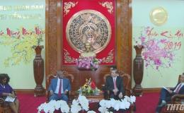 Chủ tịch UBND tỉnh Tiền Giang tiếp Đại sứ Mozambique