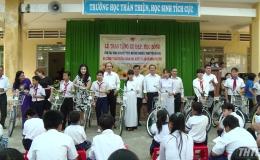 Hơn 85 triệu đồng học bổng tặng học sinh huyện Châu Thành