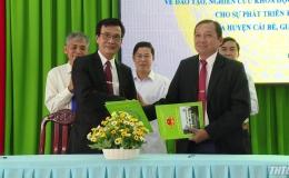 Trường Đại học Tiền Giang ký kết hợp tác đào tạo với huyện Cái Bè