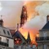 Nhà thờ Đức Bà Paris bất ngờ bốc cháy dữ dội