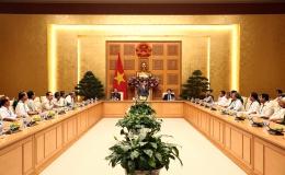 Phó Thủ tướng tiếp đoàn người có công tỉnh Tiền Giang