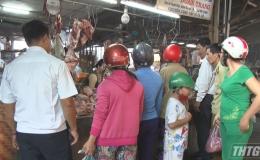 Chợ Gạo kiểm tra và tiêu hủy gần 400 kg thịt heo không rõ nguồn gốc
