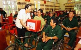 Hơn 332 tỷ đồng tặng quà người có công