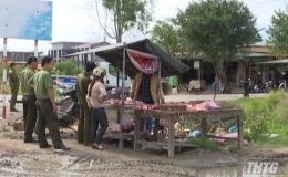 Tân Phước giải tỏa chợ tự phát tại KCN Long Giang