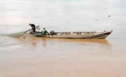 Tận diệt nguồn lợi thủy sản