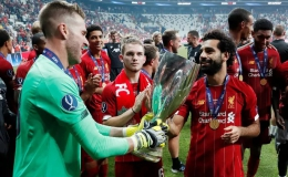 """""""Kép phụ"""" Adrian tỏa sáng, Liverpool đoạt Siêu cúp châu Âu"""