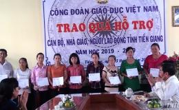 Trao quà hỗ trợ cho cán bộ giáo viên và người lao động ngành giáo dục tỉnh Tiền Giang