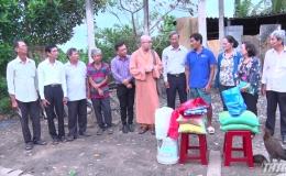 Mặt trận Tổ quốc tỉnh Tiền Giang thăm và tặng quà gia đình bị sét đánh