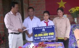 """Quỹ Bảo trợ Trẻ em Tiền Giang trao tặng """"Mái ấm khuyến học"""" cho học sinh nghèo"""