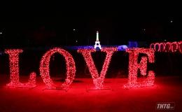 Chuẩn bị khai mạc lễ hội ánh sáng tại Quảng trường trung tâm tỉnh Tiền Giang